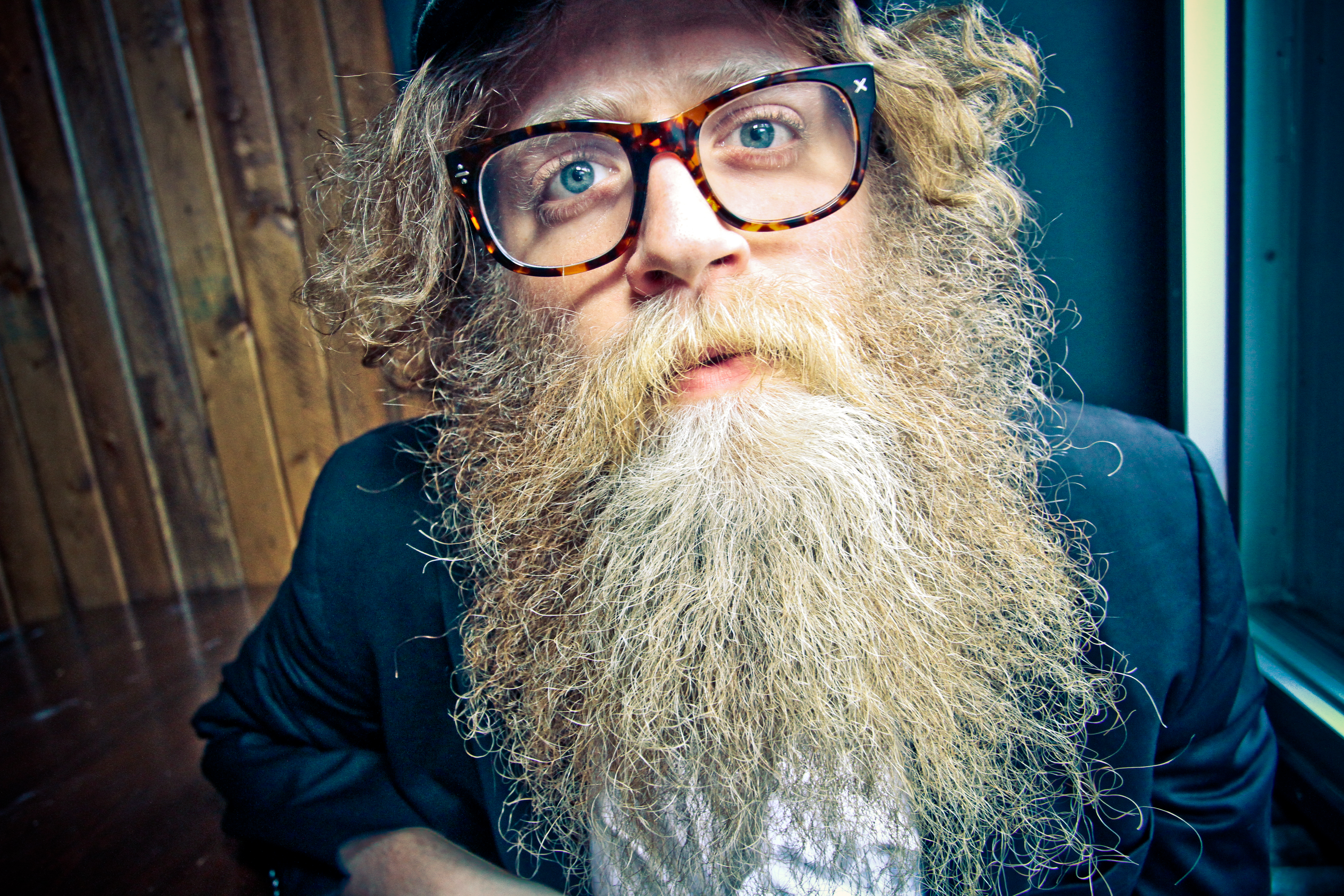 Ben Caplan w/ Earthbound Trio